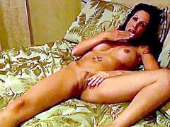 Naked Amy Fisher sucks dick and gets pussi liking
