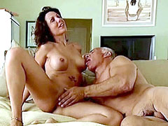 Celebrity Amy Fisher fully naked, gets messy facial cumshot