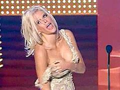 Anna Nicole Smith shows white panties..