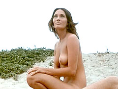 Fully naked Barbara Leigh with nude..