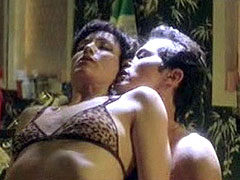 Celebrity Bebe Neuwirth gets sexual pleasure