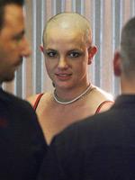 Britney Spears paparazzi upskirt pics..