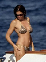 Cindy Crawford showing her perfect body