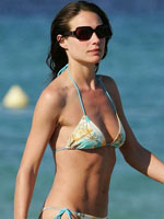 Paparazzi bikini photos & topless of..
