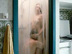 Irina Potapenko fully nude in a shower..