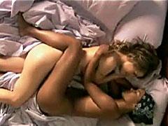 Leisha Hailey in lesbian scene from