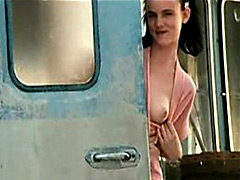 Sexy Juliette Lewis Shows Her Boobs..