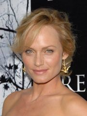 Amber Valletta celebrity nude pictures