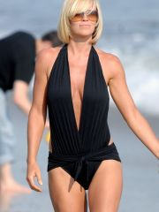 Jenny Mccarthy fame nude pictures