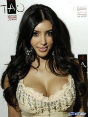 Amazing babe Kim Kardashian posing in..