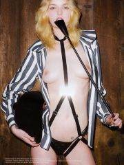 Loved Lydia Hearst posing her gorgeous..