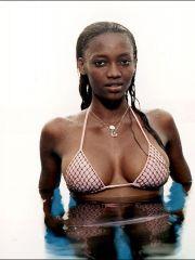 Topless Oluchi Onweagba posing in tiny..