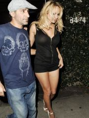 Pamela Anderson caught by paparazzi on..