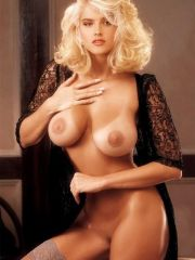 Anna Nicole Smith celebrity nude pictures