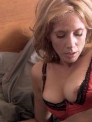 Actress Rosanna Arquette Shows Her Nice..