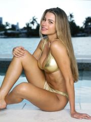 awesome Colombian model Sofia Vergara..