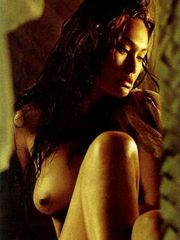 Amazing actress Tia Carrere shows her..