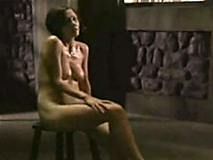 Attractive Maggie Gyllenhaal shows her..