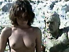 Spanish actress Paz Vega walking nude..