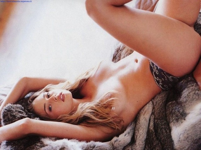 Hot women naked bend over