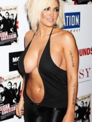 Awesome babe Jodie Marsh flashing boobs..