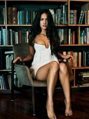 Megan Fox has a hot nude body and great..