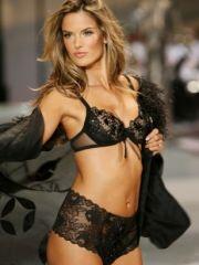Hot Alessandra Ambrosio looks sexy on..