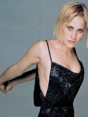 hot actress Patricia Arquette posing in..