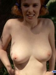 Sharon Kelly having fun with pretty..