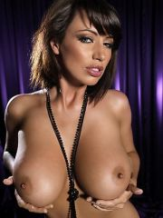 Sophie Howard exposing her naked big..