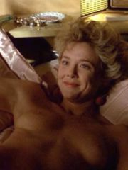 Sweet Actress Annette Bening In Hot..
