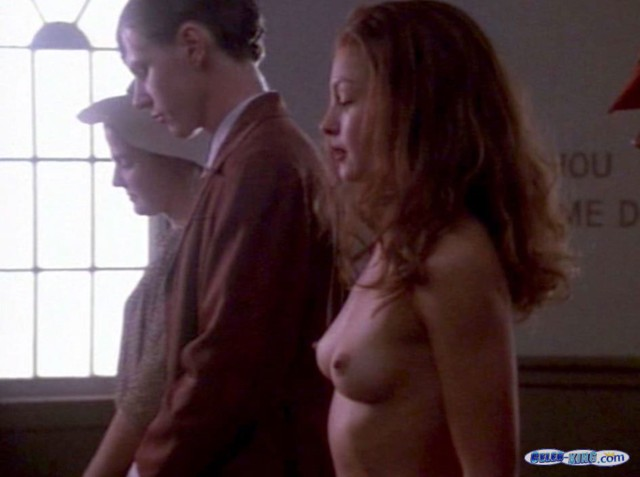 Images Of Celeb Porn Hot Ashley Judd Shows The Brush Scrupulous Boobs