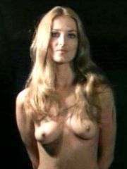 Sexy Actress Barbara Bouchet Shows Her..