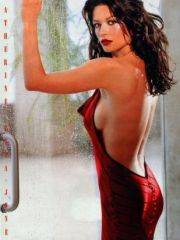 Catherine Zeta Jones caught topless by..