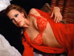 Jennifer Garner Posing In Amazing Hot..