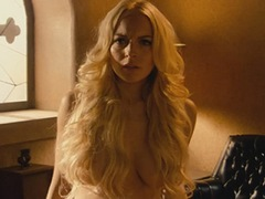 Lindsay Lohan Naked Shows Big Boobs