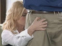 Elisha Cuthbert Hot Dealings Scene