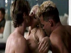 Amber Heard Threesome Sex Action