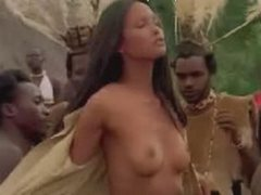 Laura Gemser Undress Photograph Scene