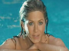 Jennifer Aniston Scanty Having Fun In..