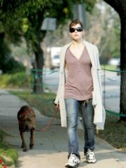 Actress Jessica Biel exposed her tight..