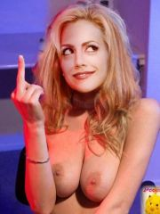 Blonde star Brittany Murphy getting..