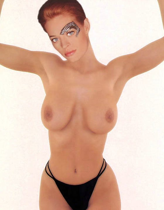 Jeri ryan nude paparazzi pictures