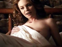 Famous American actress Diane Lane showing her nice nipples