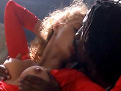 Elizabeth Berkley giving guy hot lap dance and laying back..