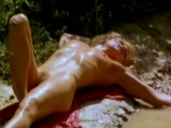 Nude celebrity milf Ellen Barkin show..