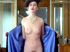 Fully naked celebrity Eva Duchkova in..