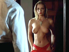 Jaime Pressly with naked tiits and in..