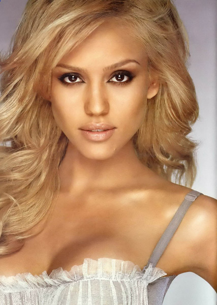 Hot Nude Pictures Of American Actress Jessica Alba