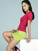 Paparazzi photos of sexy star Kristin..